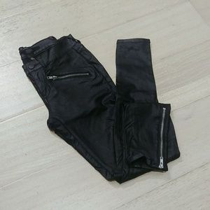 Francesca's Harper fuex leather skinny pants